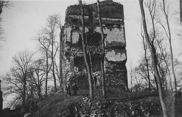 Bergfrit Burg Stuer, Zustand 1936, Foto: privat, Archiv v. Flotow