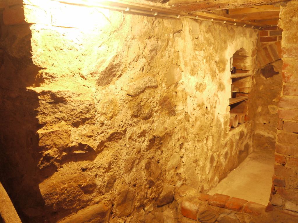 Wohn-Stall-Haus eines Erbpachtbauern von 1832 in Stuer/ Mecklenburg, Keller
