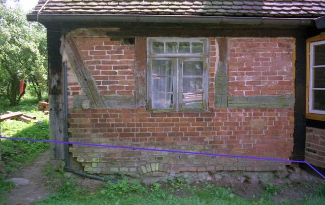 Bauschäden am Fachwerk, verursacht im 19. Jahrhundert,Wohn-Stall-Haus eines Erbpachtbauern von 1832 in Stuer/ Mecklenburg