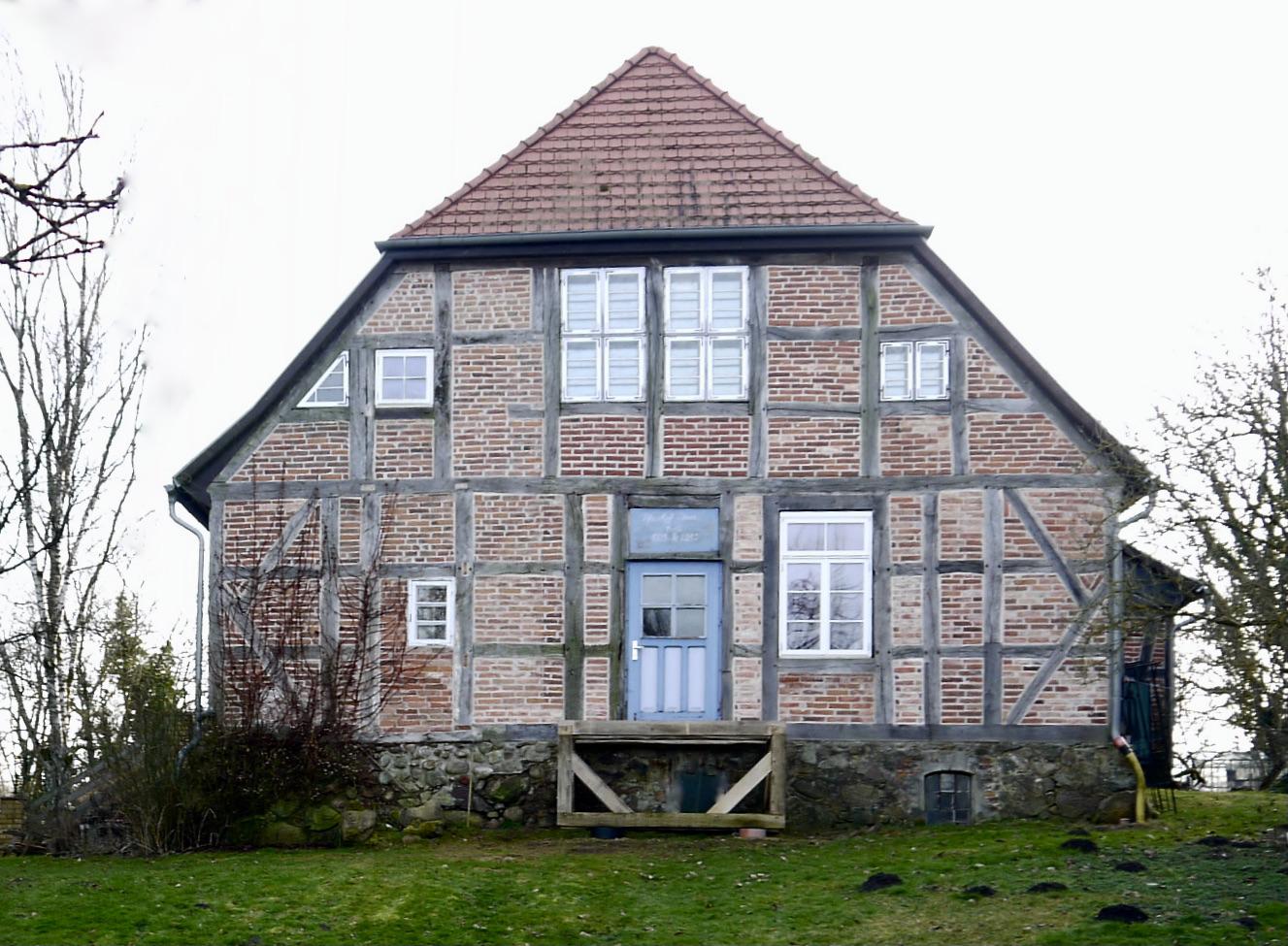 Pfarrhaus Stuer, Nordöstlicher Giebel, 2021, Foto: Doese